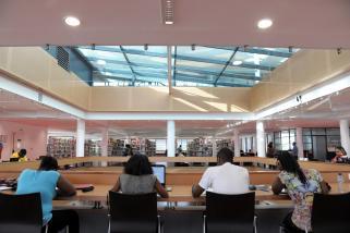 Bibliothèque unviersitaire de Schoelcher, salle de lecture